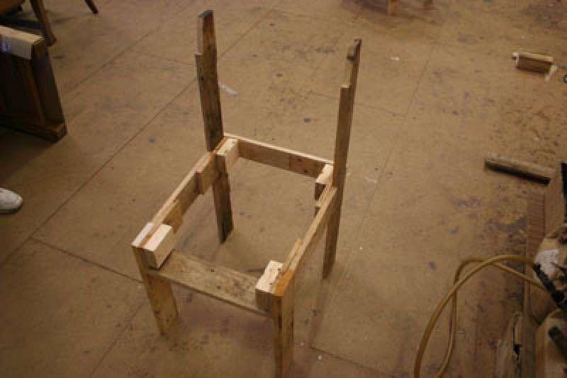 instructions pour construire une chaise avec une seule palettemeuble en palette meuble en palette