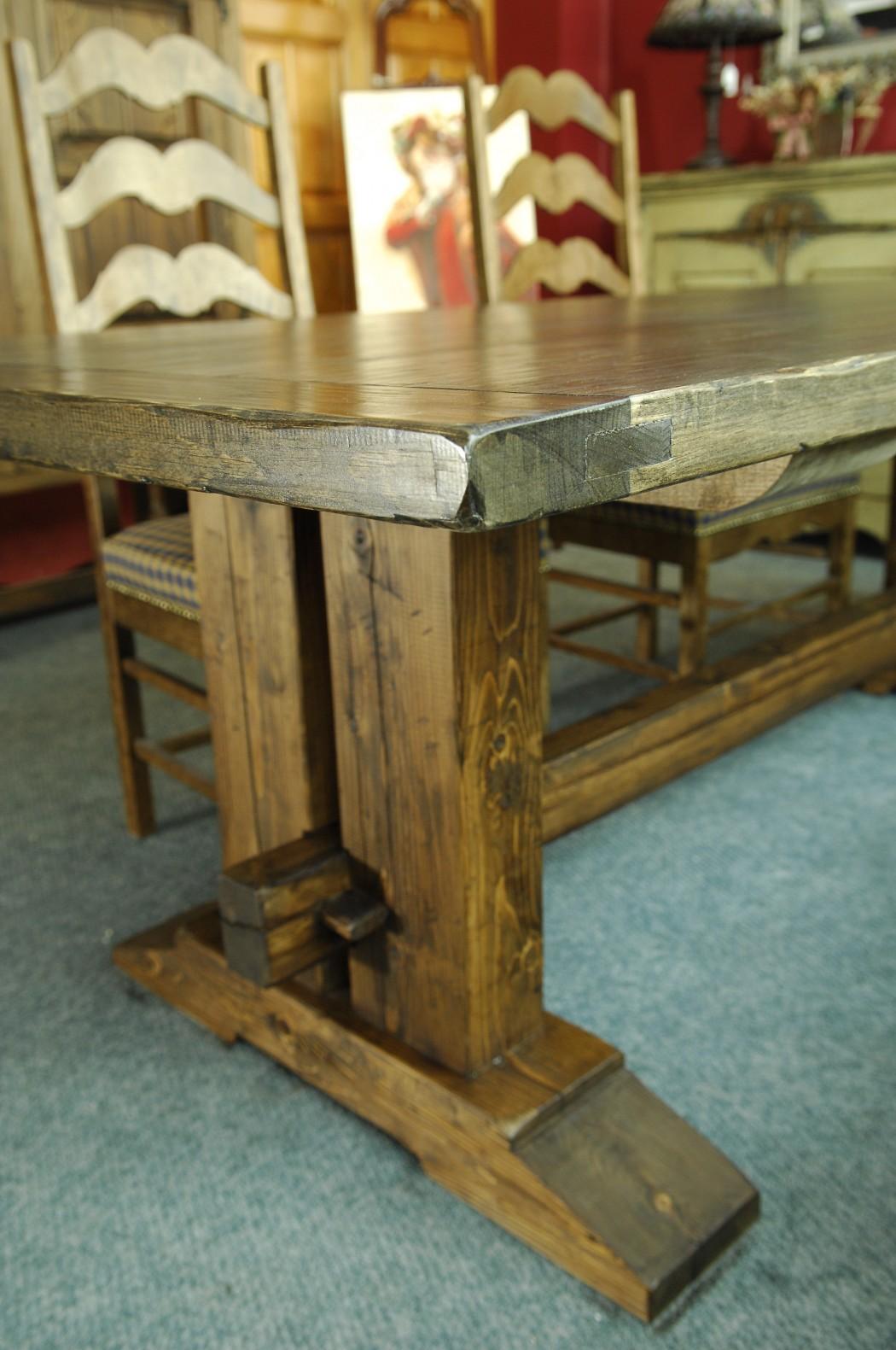 table de bois massif