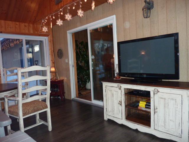 meuble tele bois pin recycle rustique
