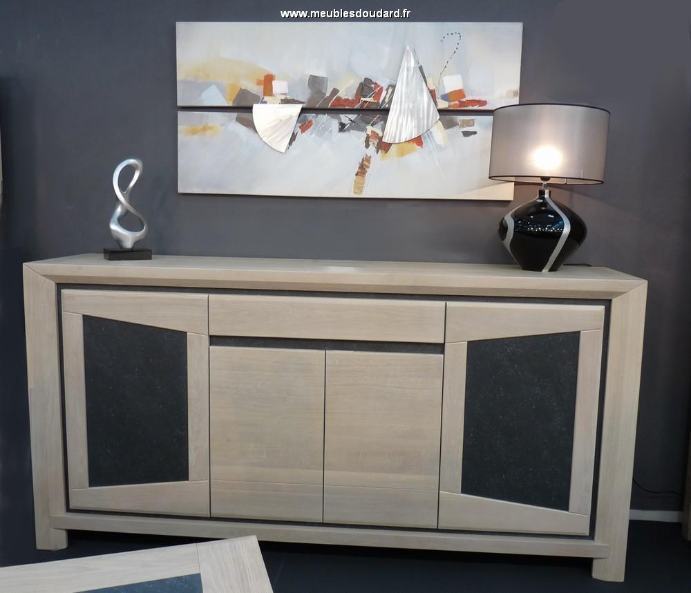 buffet contemporain bahut 3 portes en ch ne massif de ligne contemporaine finition. Black Bedroom Furniture Sets. Home Design Ideas