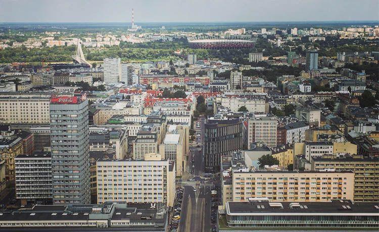 trabajar y vivir en Varsovia