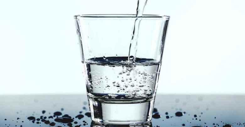صيام الماء لإزالة السمنة والسموم