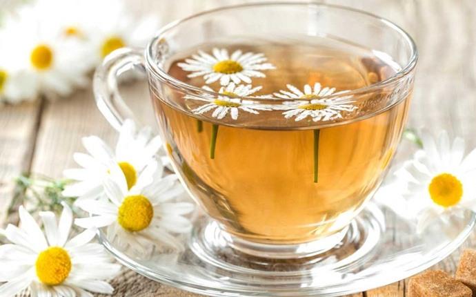 التبييض الطبيعي - عصير الليمون شاي البابونج