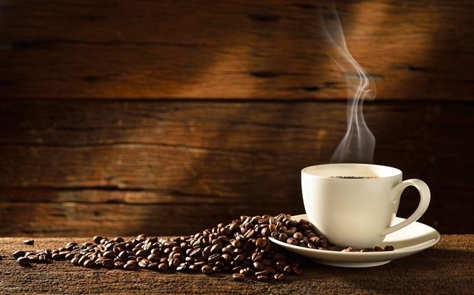 كيفية صبغ الشعر طبيعيا بالقهوة