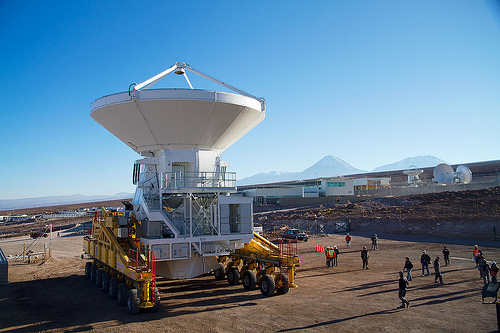 The first European antenna for ALMA is handed over to the observatory by European Southern Observatory