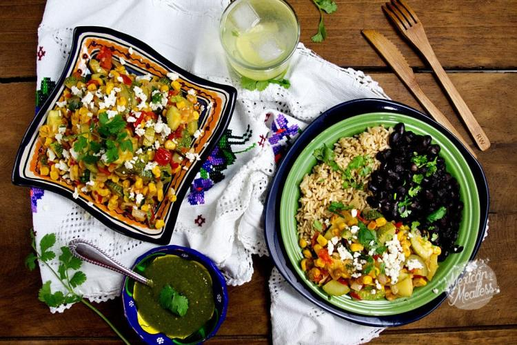 Calabacitas a la Mexicana or Mexican style zucchini with corn by @SpicieFoodie   #vegan recipe with #vegetarian option