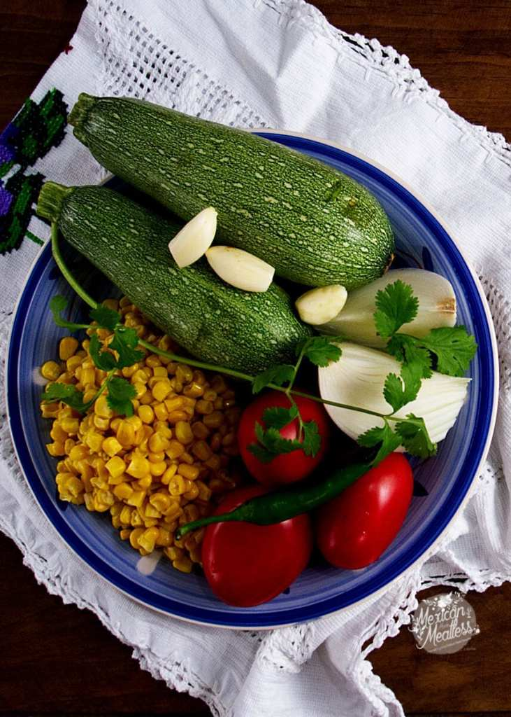 Calabacitas a la Mexicana or Mexican style zucchini with corn by @SpicieFoodie | #vegan recipe with #vegetarian option