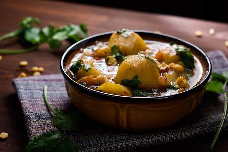 Potato and Yellow Split Pea Curry