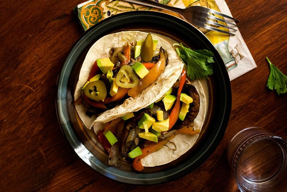 Portobello Mushroom and Cubanelle Pepper Tacos Recipe by @SpicieFoodie   #tacos #vegan #mushrooms #portobellos #cubanellepeppers