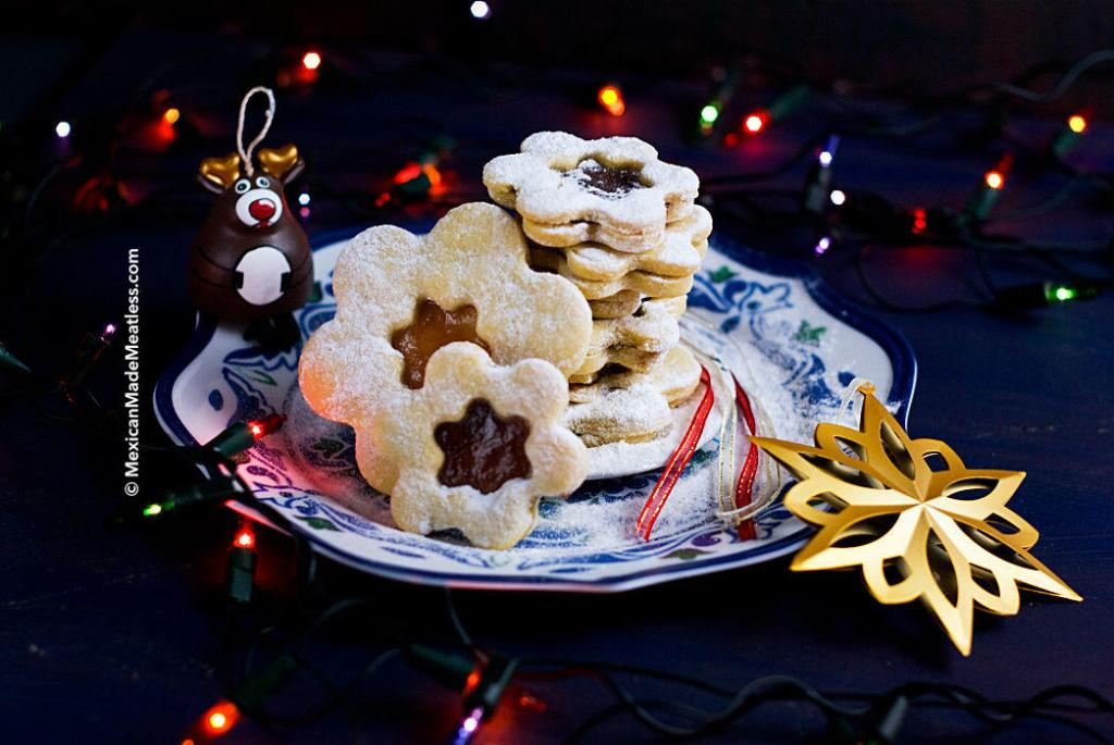 Czech Linzer Cookies Recipe | #lineckekolacky #linzercookies #buttercookies #Czech
