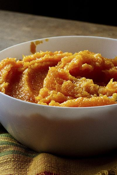 How to Make Pumpkin Puree From Scratch + 13 Recipes to Use It In