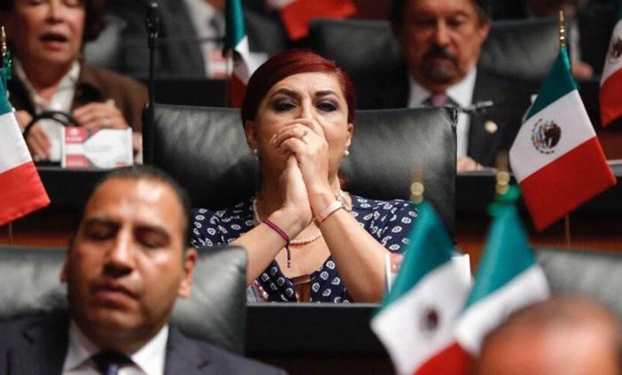 https://i0.wp.com/mexico.quadratin.com.mx/www/wp-content/uploads/2019/12/Senadora-Mar%C3%ADa-Soledad-Lu%C3%A9vano-Cant%C3%BA-FOTO-FACEBOOK-Mar%C3%ADa-Soledad-Lu%C3%A9vano-Cant%C3%BA.jpg?resize=702%2C424&ssl=1
