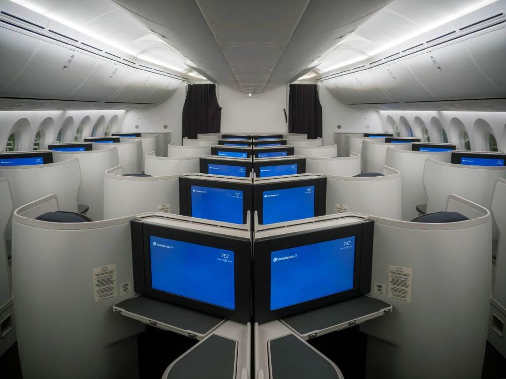 aeromexico-boeing-787-9-dreamliner-quetzalcoatl-3