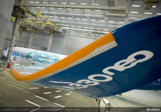 csm_A330neo_Paint_shop_354f82e1f3