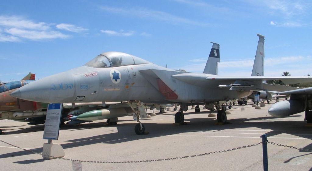 F-15A-hatzerim-2