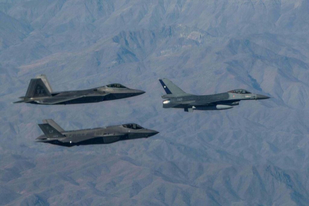 LLEGADA USAF (4)