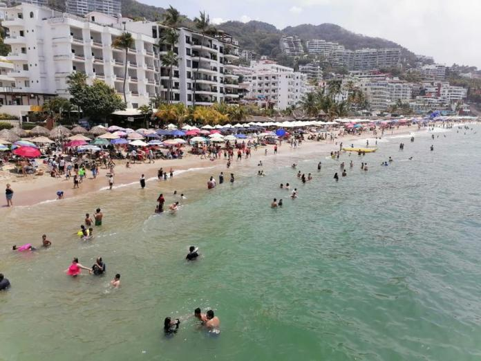 Easter (Semana Santa) vacationers leave 750 million pesos in Puerto Vallarta