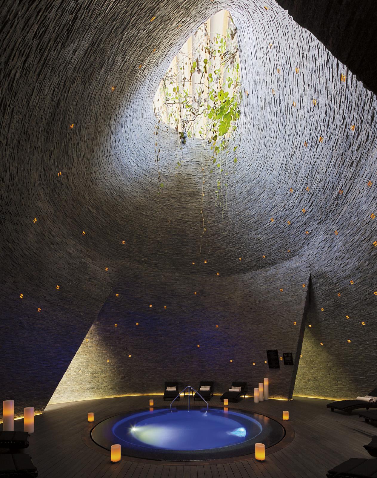 insignias-interiorismo-arquitectura-hyaat-hotel-sordomadaleno-5