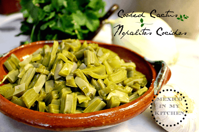 How to cook cactus paddles nopales c mo cocinar for Cocinar nopal