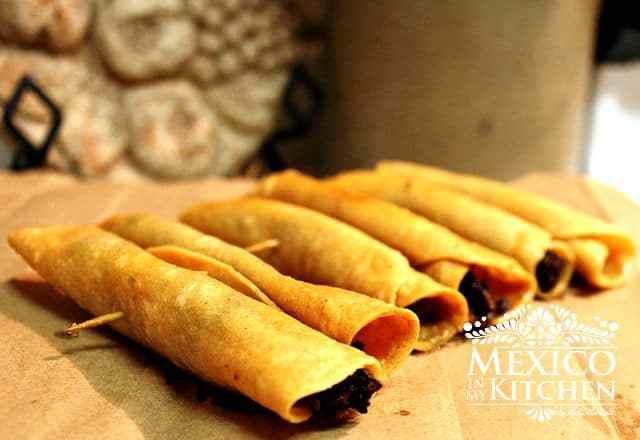 flautas-crispy-tacos