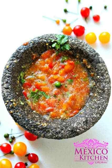 Raw cherry tomatoes salsa