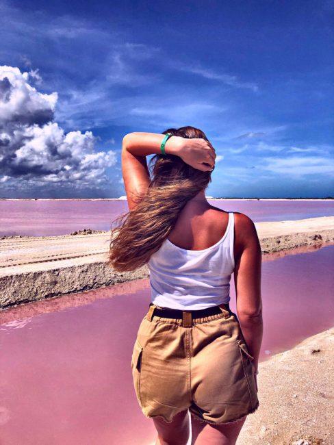Розовые озера в Мексике в Рио Лагартос.