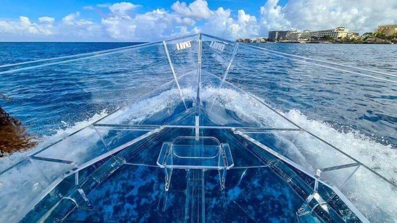 Покататься на прозрачной лодке в Канкуне