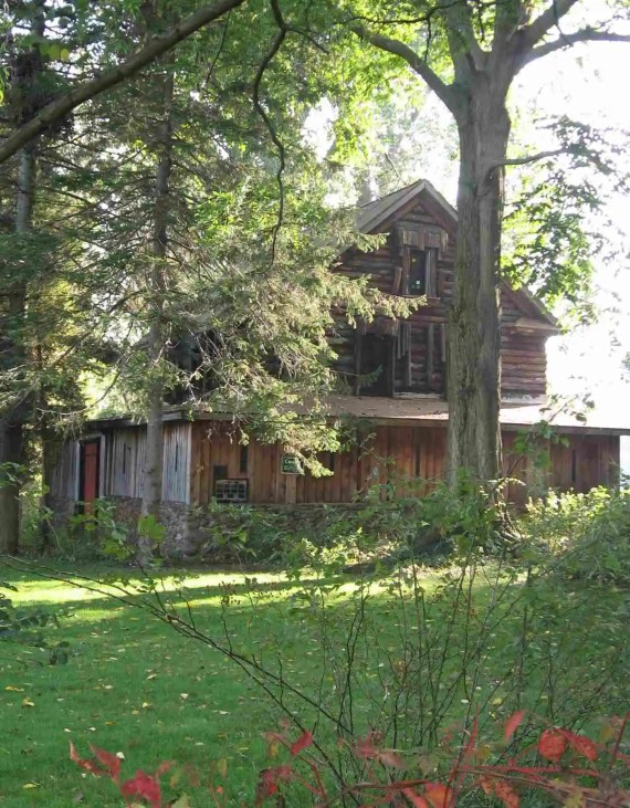Casey's Cottage at Mexico Point Park