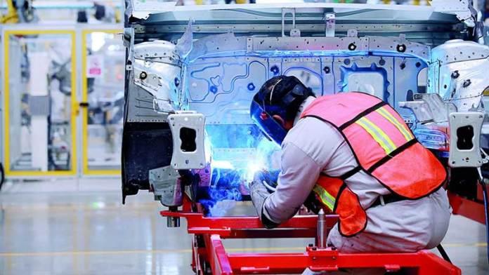 Manufactura de Nuevo León se desacelera en el mes de abril
