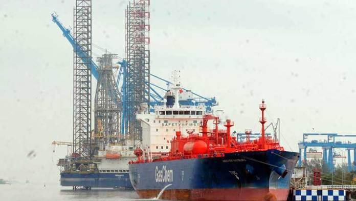 Marinos mercantes temen militarización de aduanas