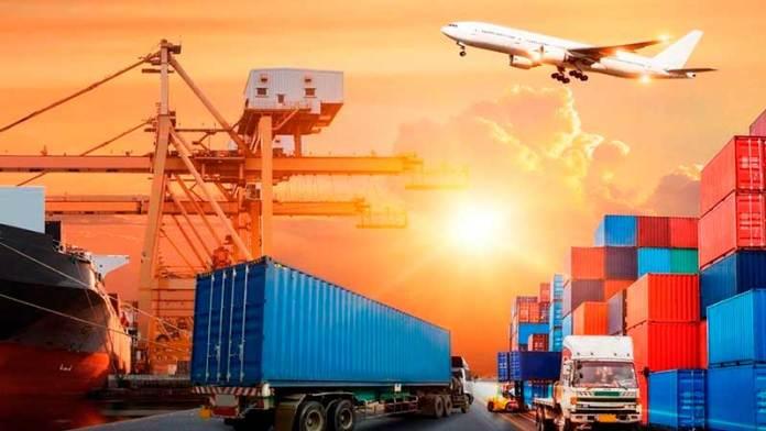 Jefa del SAT exhibe desconocimiento en comercio exterior
