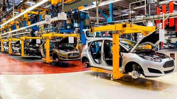 Crece producción de autos 8.8% en octubre
