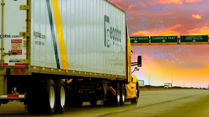 Autotransporte México-EU, en su mejor momento de la era COVID-19