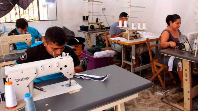 Industria del vestido cierra el año con 13 mil empleos generados