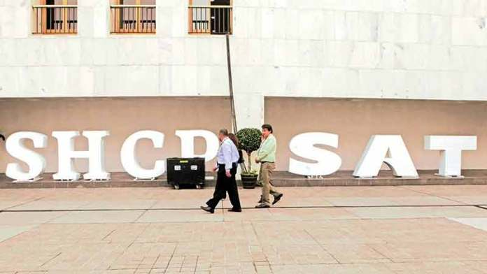 Organización Mundial de Aduanas reconoce el desempeño de trabajadores del SAT