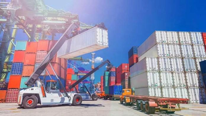 México registró superávit comercial de 2 mil 681 millones de dólares en febrero