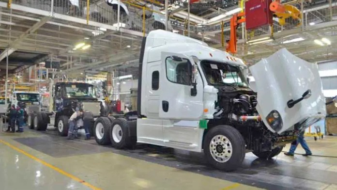 Creció fabricación de equipo de transporte en Tlaxcala