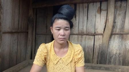 Chị Cà Thị Biên, người có biểu hiện lạ đầu tiên ở bản Ỏ