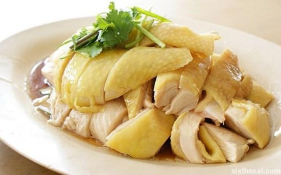 Thịt gà giàu protein rất cần thiết cho nhu cầu phát triển chiều cao của trẻ-