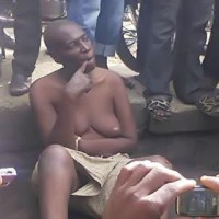 Photo: Hermaphrodite Embarrased By Crowd In Sapele, Delta State
