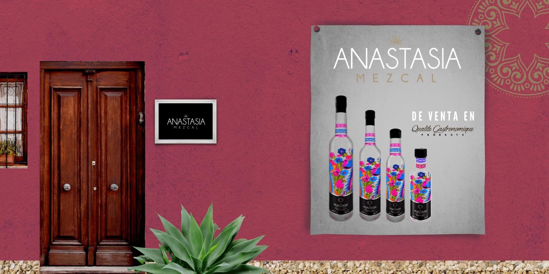 Casa-YULIIA-anastasia-Mezcal-artesanal-pared-rosa