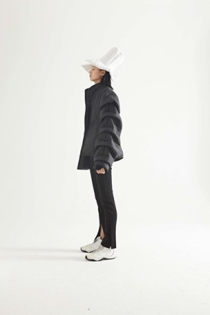 27-awake-fall-17-lookbook