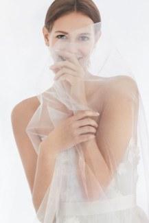 05-Carolina-Herrera-FW18-Bridal
