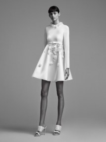 19-viktor-and-rolf-mariage-bridal-fall-2018