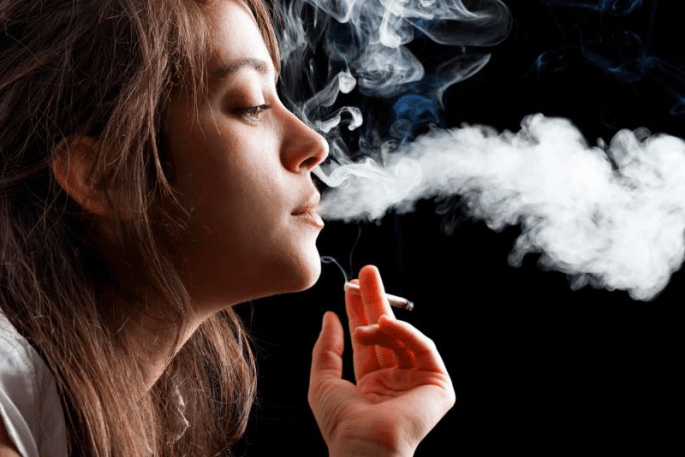 Why-Smoking-is-bad-for-eye-health