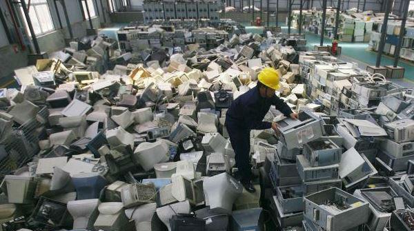 Global e-waste 2.jpg