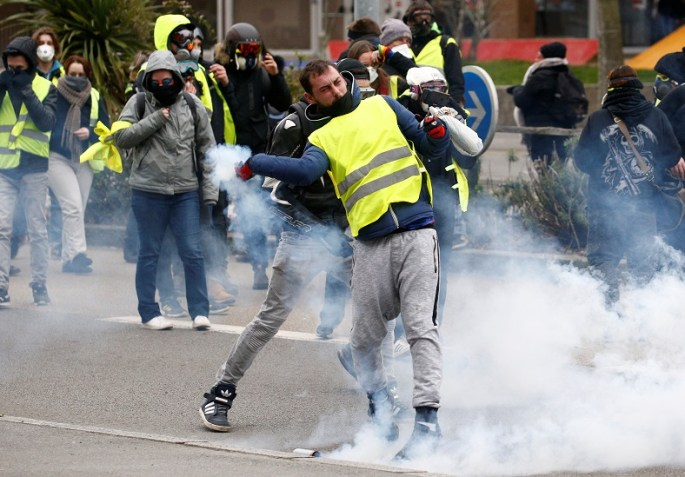 """Demonstration of the """"yellow vests"""" movement in Nantes"""