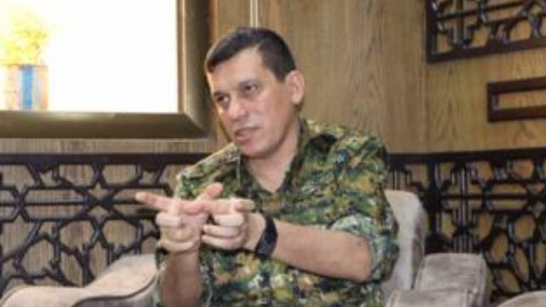 """DSG komutanı Mazlum Kobani, Le Figaro'ya konuştu: """"Tutuklu IŞİD'lilerin sorumluluğu önceliğimiz değil"""""""