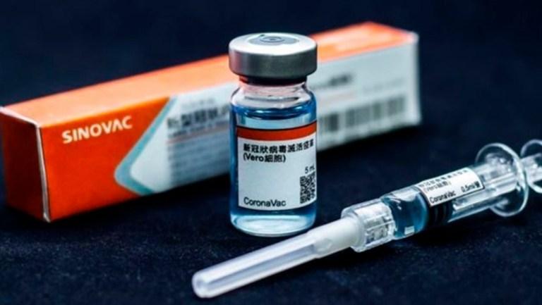 Covid-19: Çin Sinovac'ın aşısının genel kullanımına onay verdi