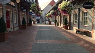 Clarks Outlet Village 2